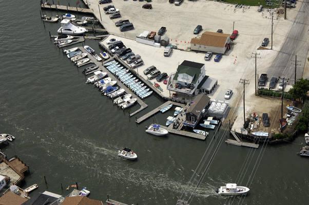 Larsen's Marina