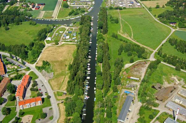 Torshaella Canal Marina