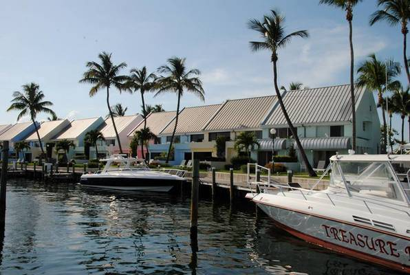 Treasure Cay Marina