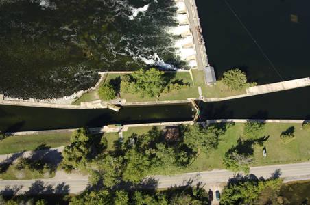 Trent River Lock 25