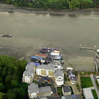 Invicta Wharf Pontoon