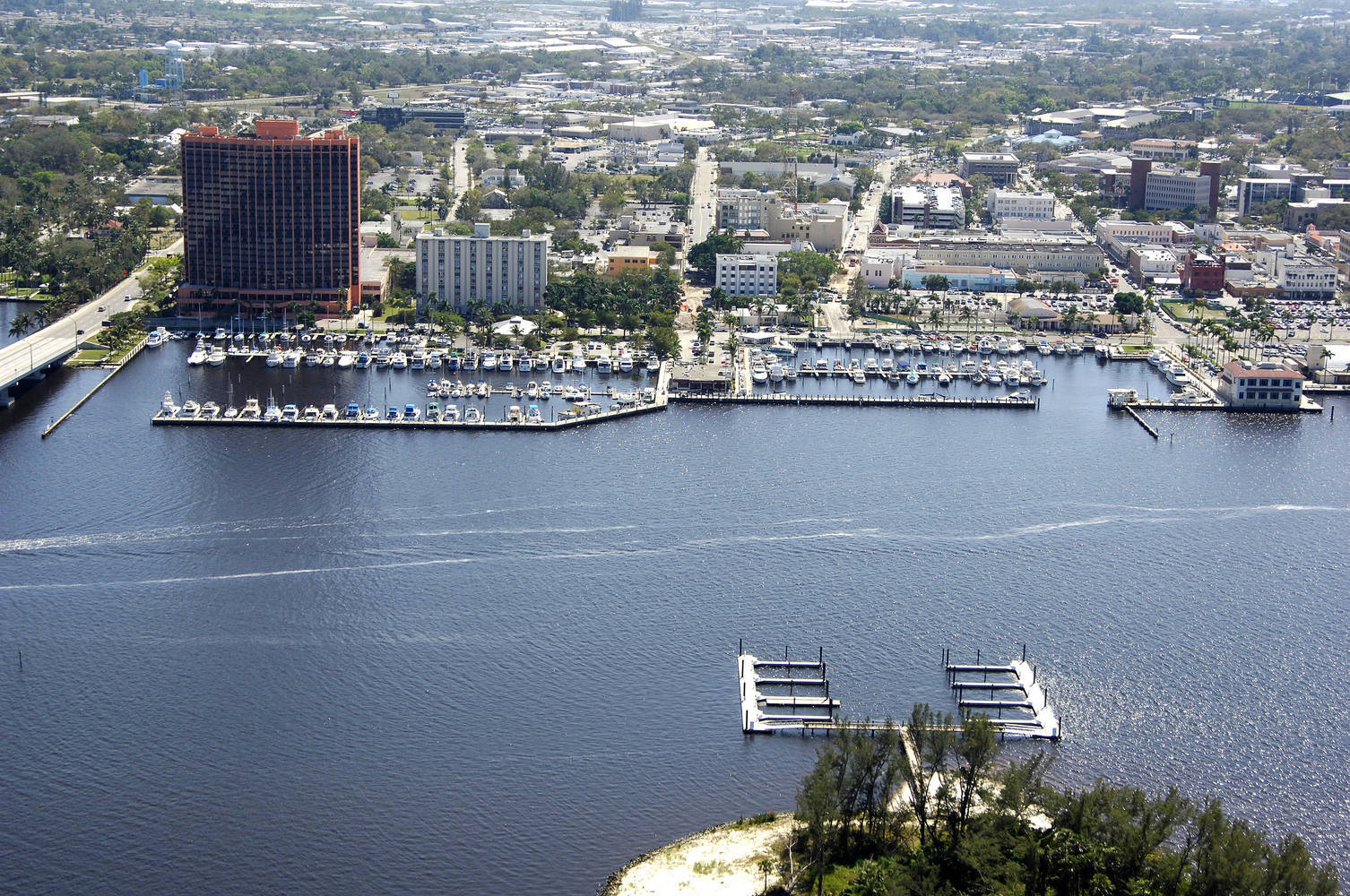 City Of Fort Myers Yacht Basin Slip Dock Mooring Reservations Dockwa