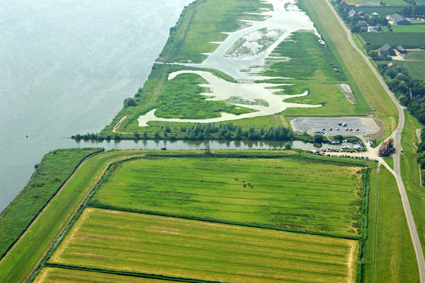 Nieuwenduik Tiengemeten Ferry