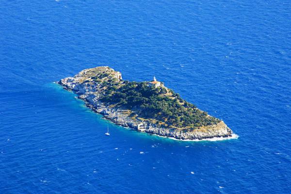 Sveti Andrija Lighthouse