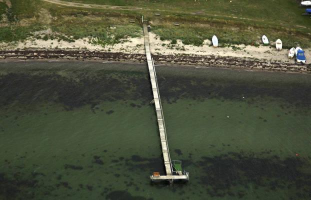Helletofte Strand Bådebro