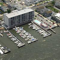 Bay Club Marina