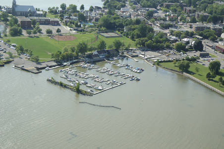 Pointe Claire Yacht Club