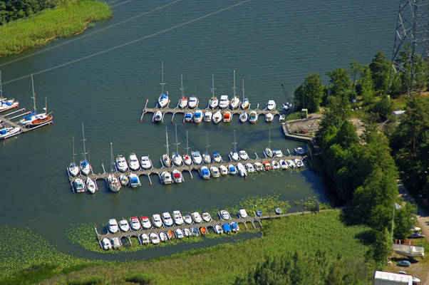 Notholmen Road Marina