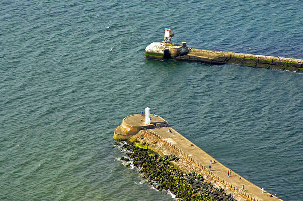 Ayr South Pier Lighthouse