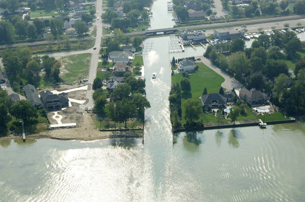 Puce River Inlet
