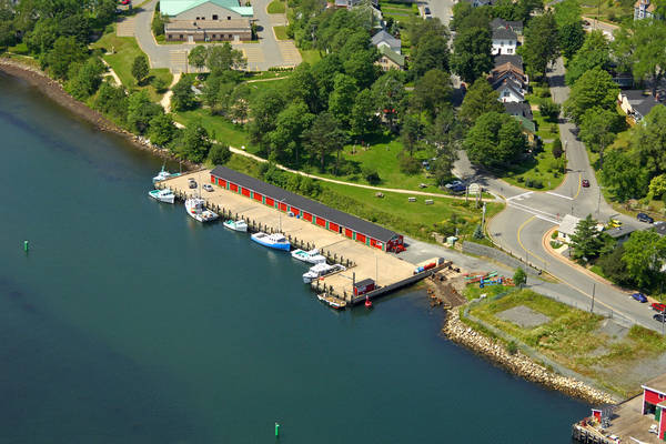 Lunenburg Fishermen's Wharf Harbour