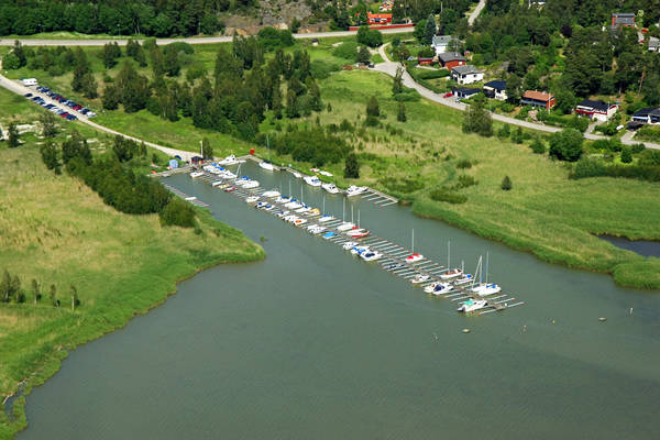 Tureholm Road Marina