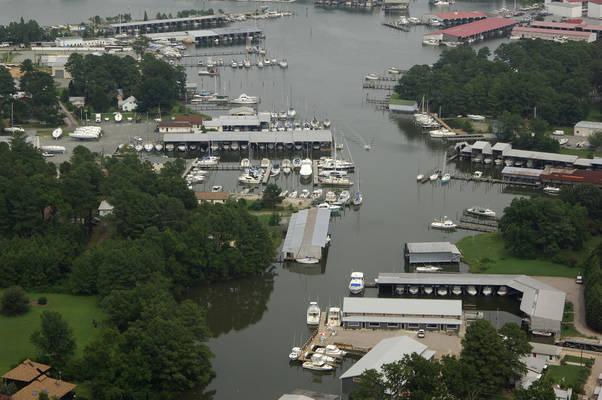 R. W. Green Boat Yard