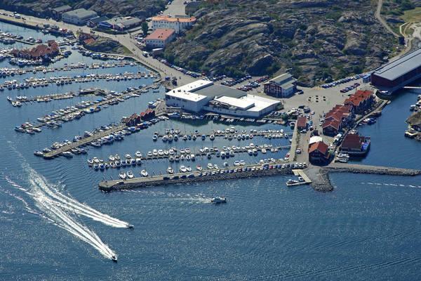 Skarhamn Road Outer Marina