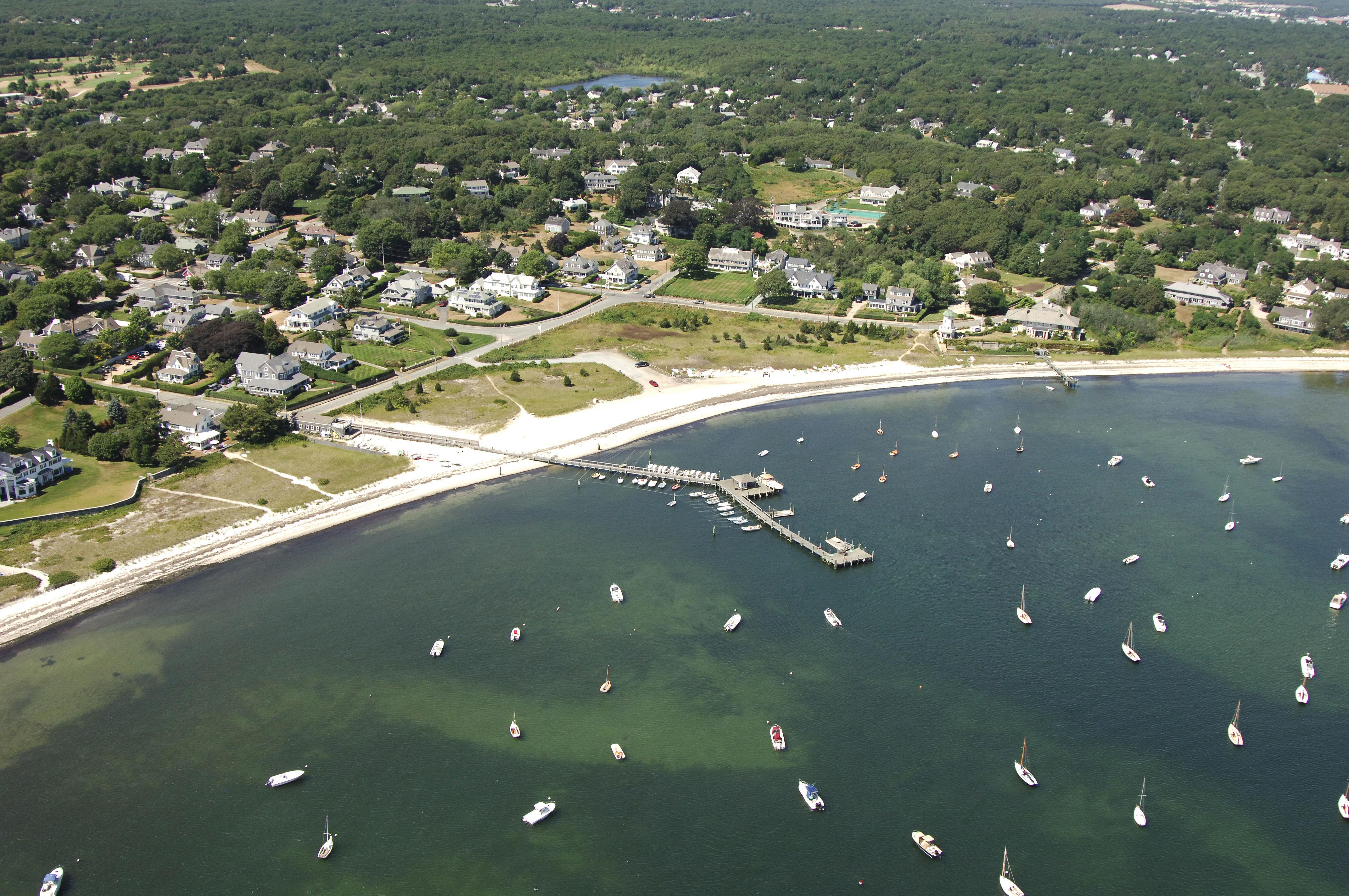 Hyannis Port Yacht Club
