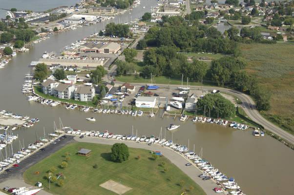 Sundog Marina - Storage