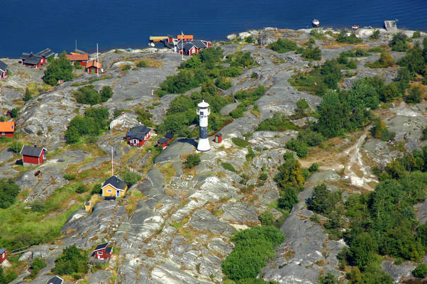 Huvudskaer Lighthouse