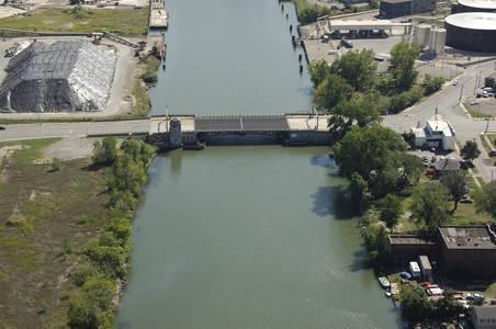 Fort Street (M-85) Bridge
