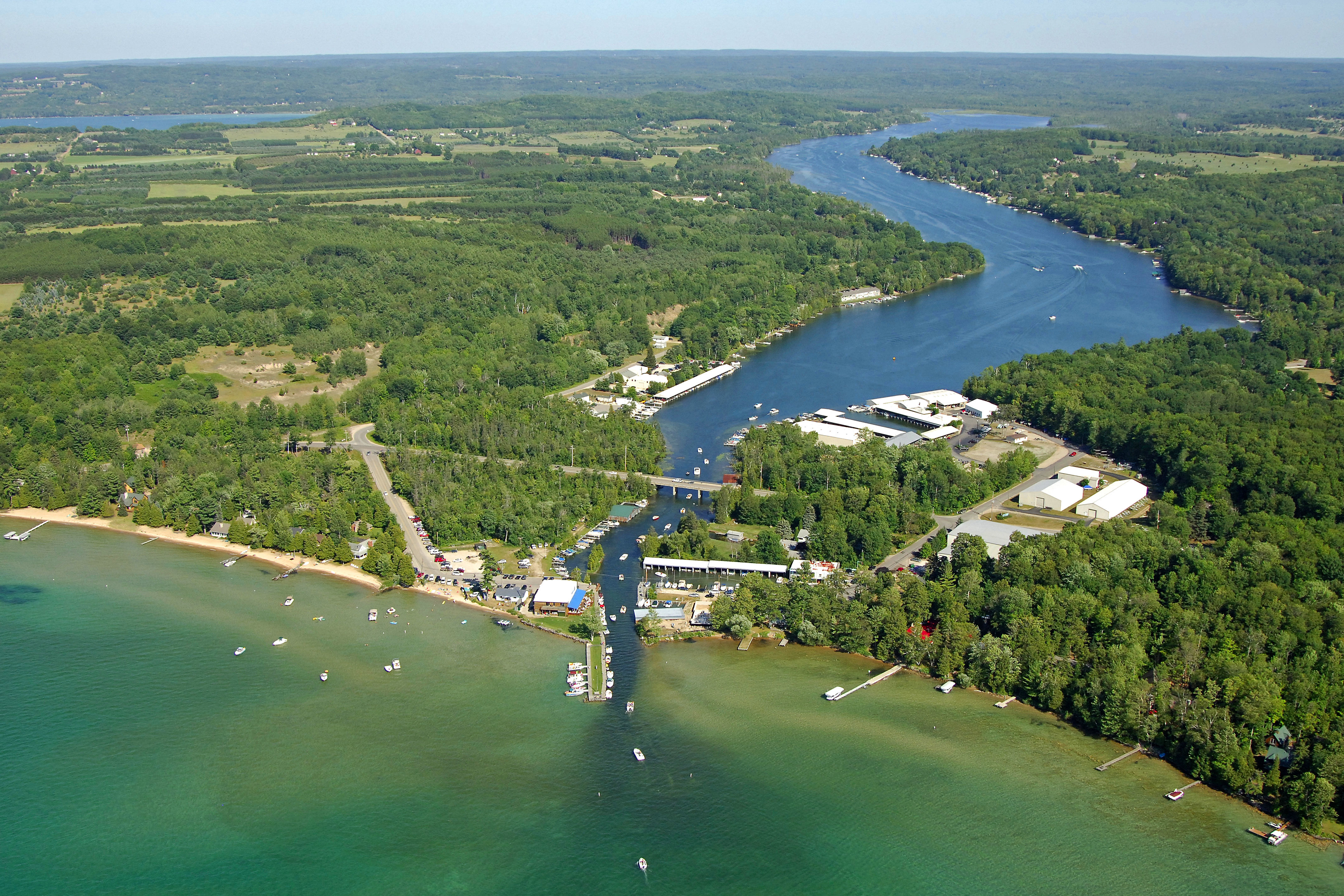 clam lake Find clam lake wisconsin campgrounds campgrounds provide information about camping, tent camping, reserveamerica, koa, rv resorts, campsites, and cabins.