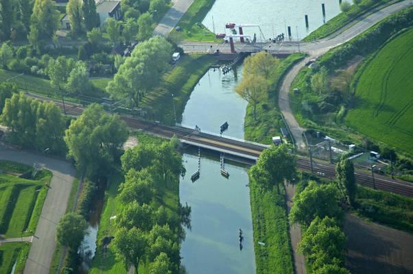 Arnemuiden Railroad Bridge