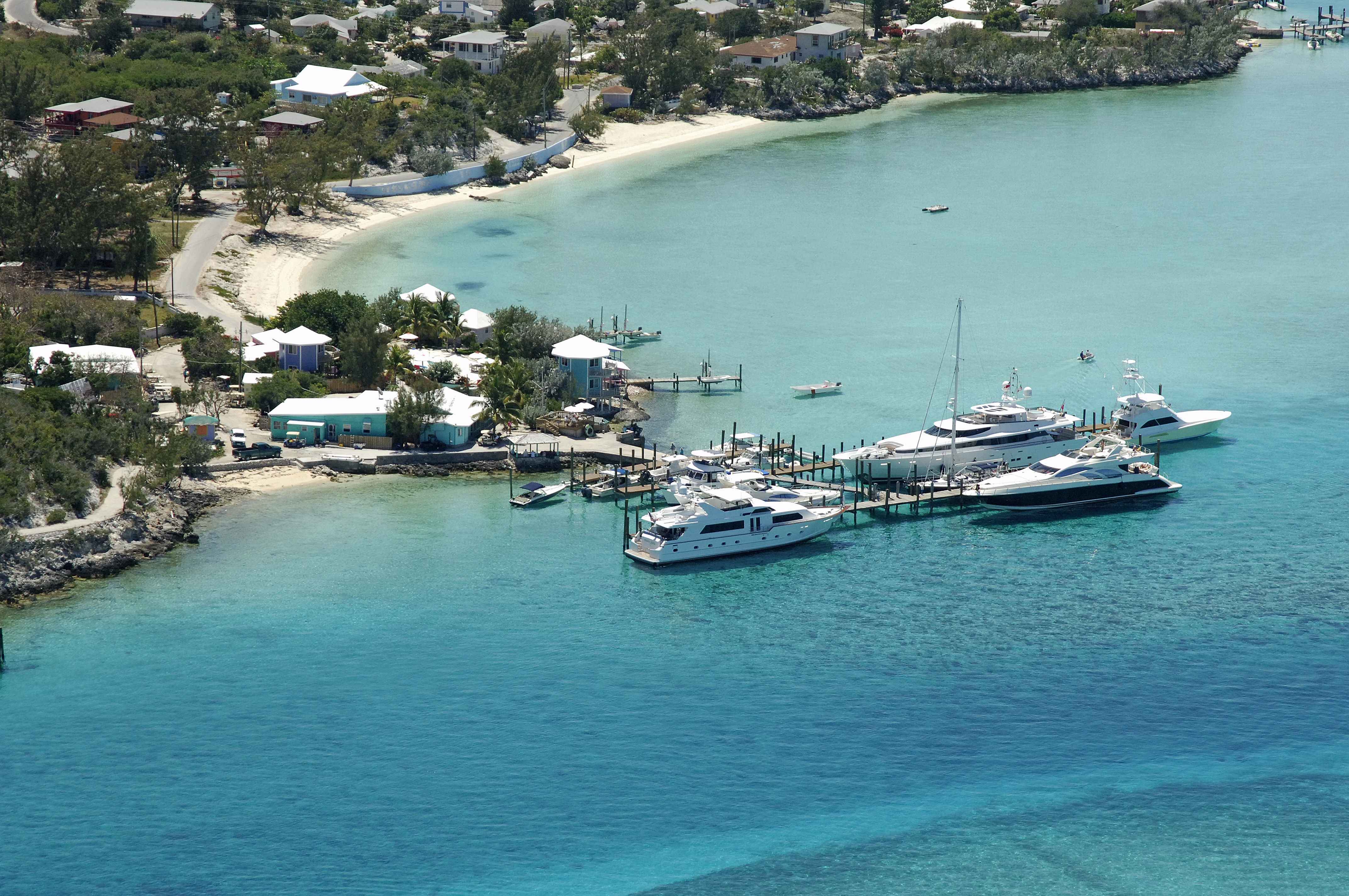 Staniel Cay Yacht Club in Bahamas - Marina Reviews - Phone