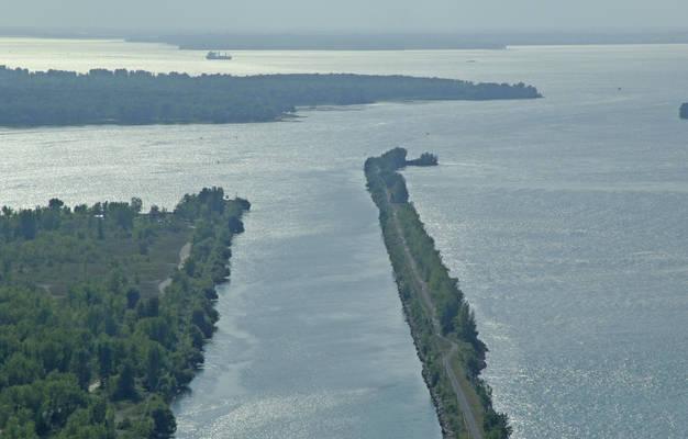 Canal de la Rive Sud Inlet