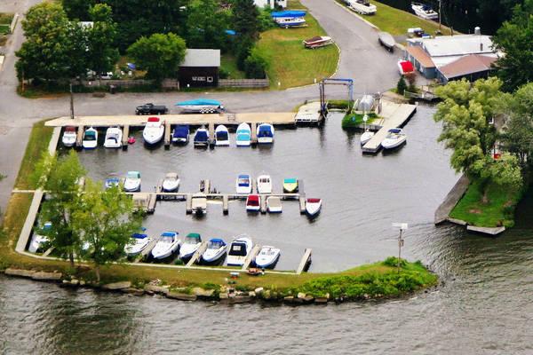 Boathouse Marina