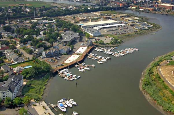 Oyster Bend Yacht Club & Marina