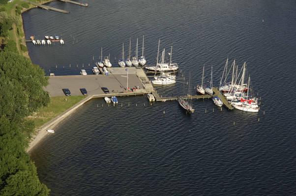 Dyvig Bro Marina