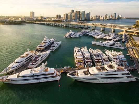 Yacht Haven Grande Miami at Island Garden