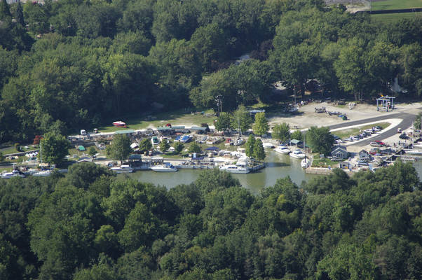 Chagrin River Yacht Club