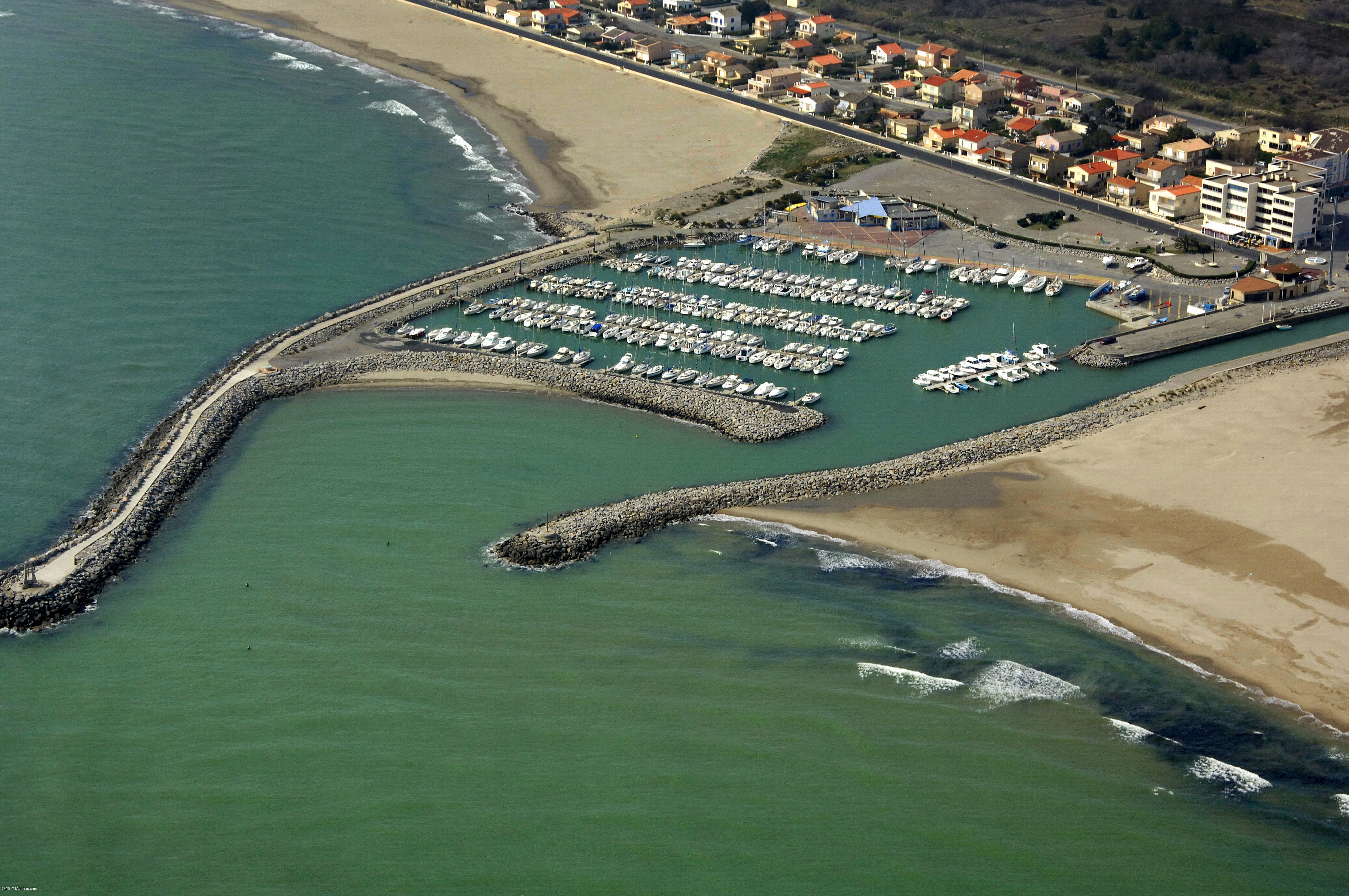 Narbonne plage marina in narbonne plage languedoc roussillon france marina reviews phone - V and b narbonne ...