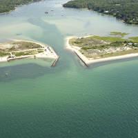 Lake Tashmoo Inlet
