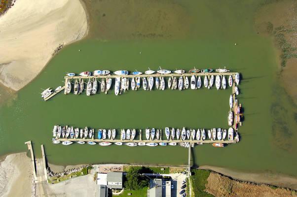 Elkhorn Yacht Club