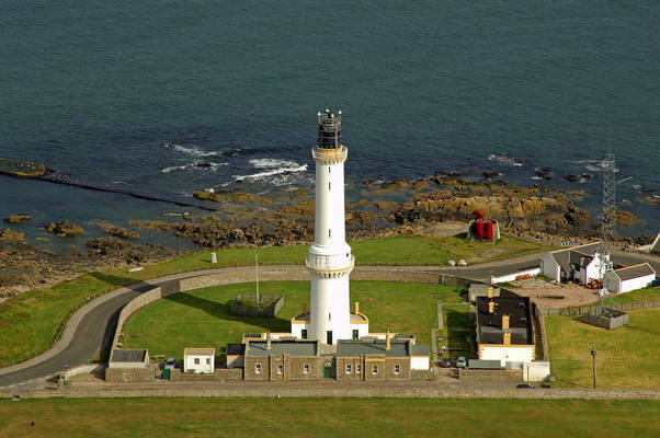 Girdle Ness Light