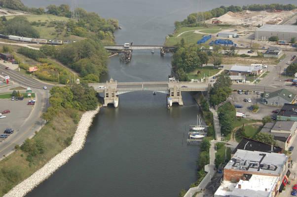 Memorial Bridge/ HWY 31