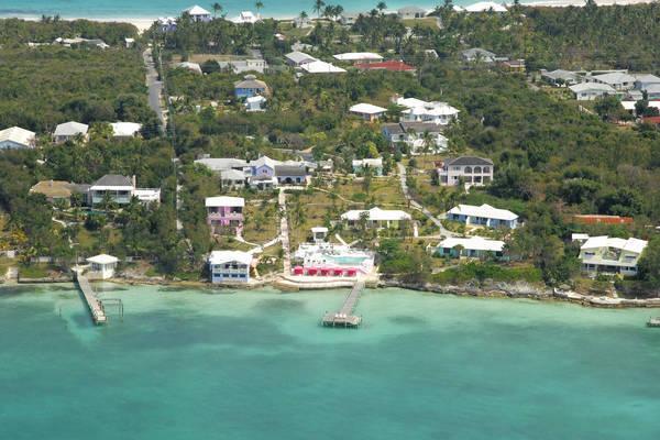 Romora Bay Resort & Marina