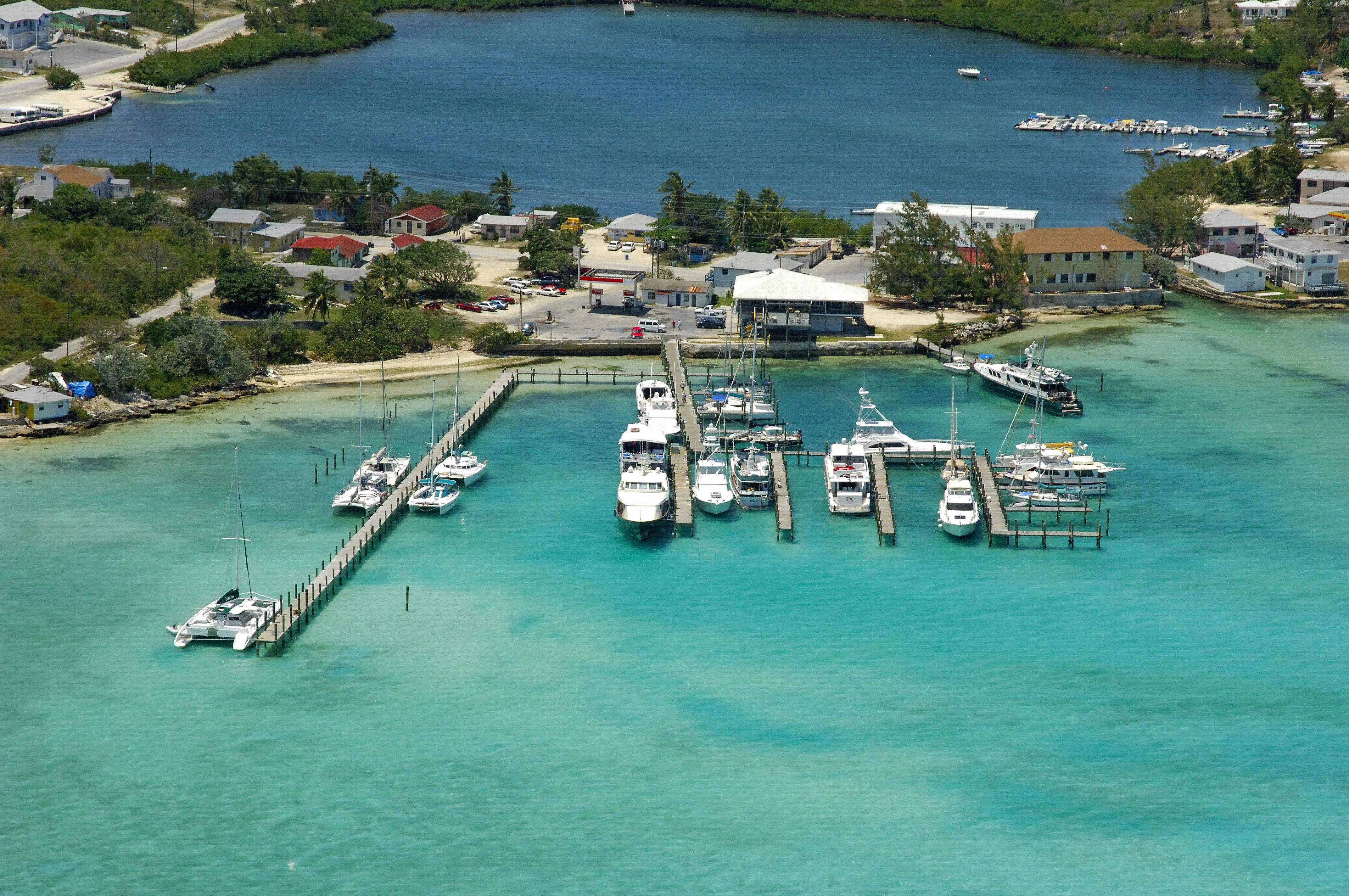 Exuma Yacht Club in George Town, Great Exuma, Bahamas - Marina