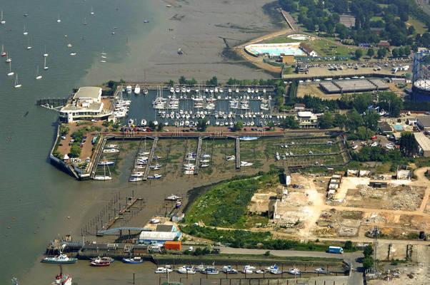Medway Pier Marine
