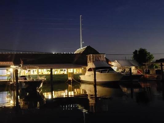 Porkys Bayside Restaurant and Marina