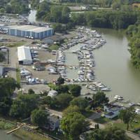 Trout's Yacht Basin