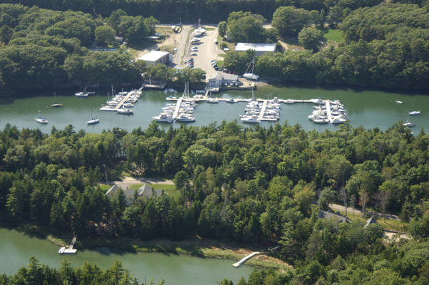 Great Island Boat Yard