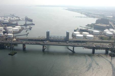 Tomlinson Lift Bridge