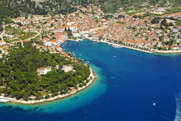 Hvar Riva Yacht Harbour Hotel