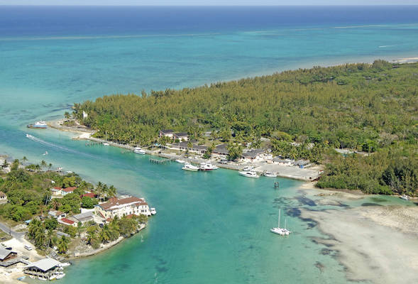 Lighthouse Yacht Club and Marina