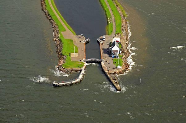 Caldonian Canal Sea Lock