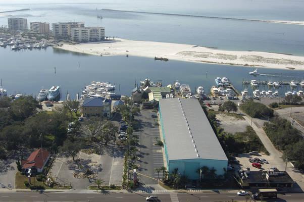 AJ's Seafood & Oyster Bar/AJ's High and Dry Marina