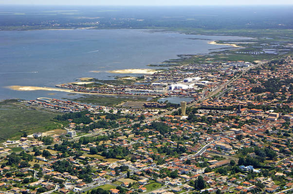 Port Larros