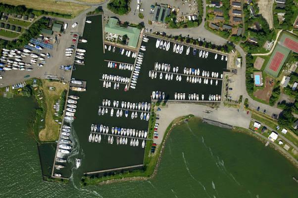 Uitdam Yacht Harbour