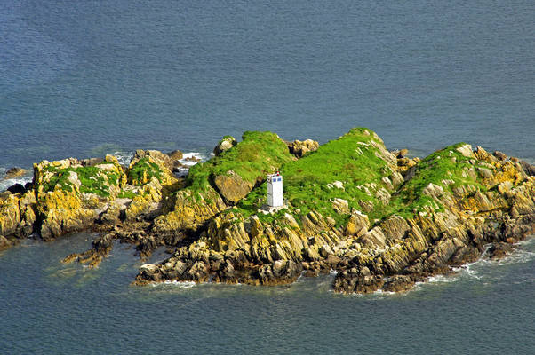 Eileanan Na Liath Lighthouse